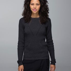 Lululemon Sweater The Better in Heathered Black